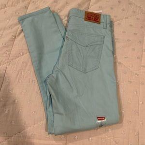 Women's blue Levi's 721 skinny jeans